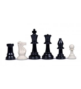 Plastic chess pieces n°3...