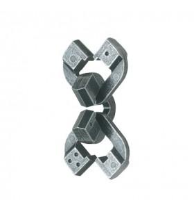Cast Chain ******